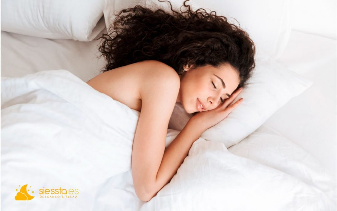 Dormir sin almohada, ¿bueno o malo?